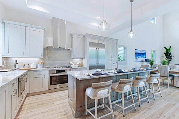 16-Interior-Design-of-the-Year-LE-RIVAGE-III-KITCHEN1
