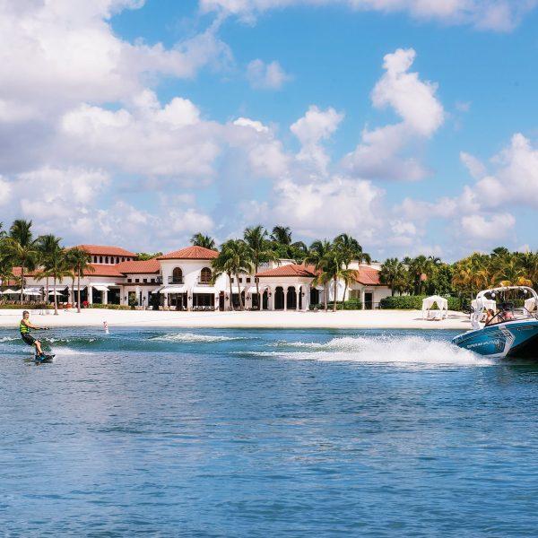 4-Wakeboarding-at-Miromar-Lakes