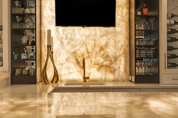 43-Wet-Bar-Quartzite-Elevation-Lit