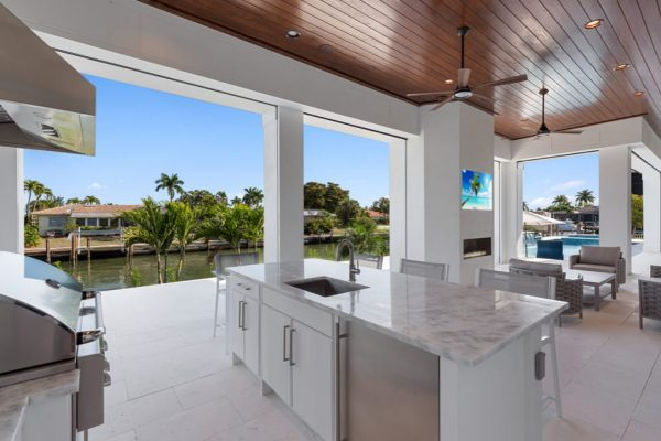 445-n-barfield-dr-marco-island-fl-34145-outdoor-kitchen-view