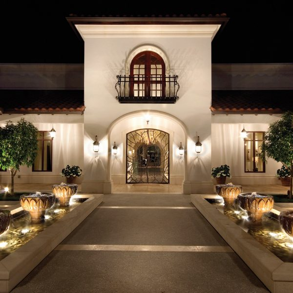 6-Beach-Clubhouse-entry-with-fountains-and-custom-door