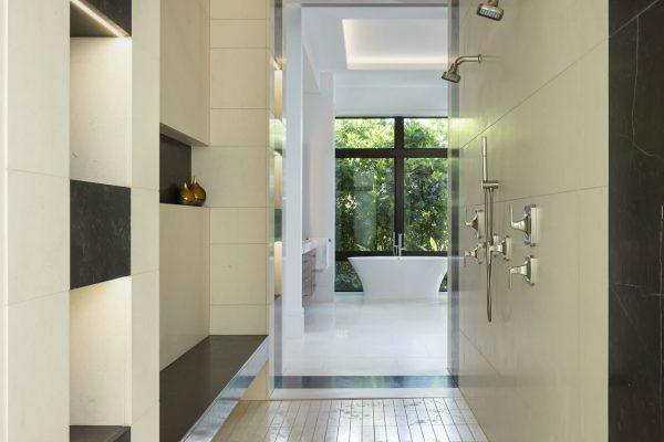 770-Spyglass-Master-Bath