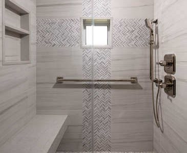 8231-Bay-Colony-Dr-Naples-FL-small-021-002-Guest-Bath-Shower-366x500-72dpi