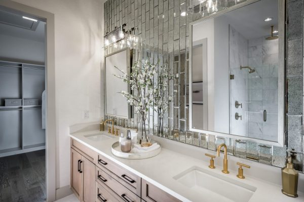 Abaco-Pointe_Heron-Coastal_Master-Bathroom