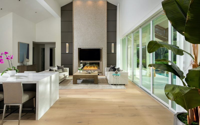 After-Family-Room-Special-Feature-Wall