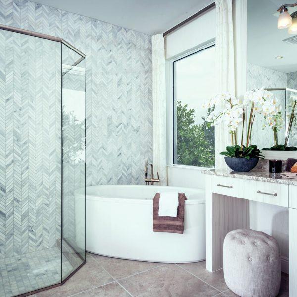 Azure-at-Hacienda-Lakes_Model-Bathroom