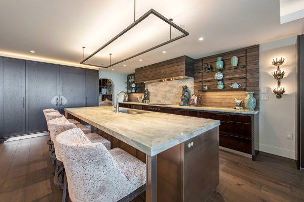13925-Old-Coast-Rd-1205-Naples-large-003-001-Kitchen-1-1499x1000-72dpi
