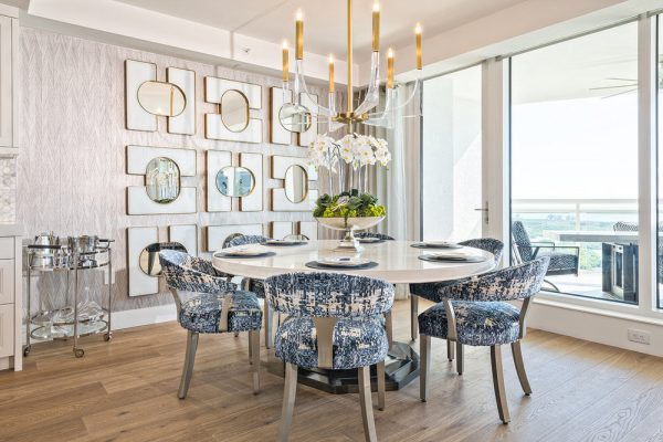 8-BLUE-GLASS-DINING-RM_1