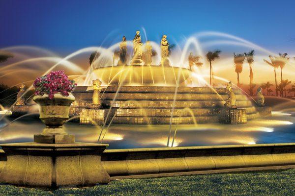 Fountain-at-main-entry_1